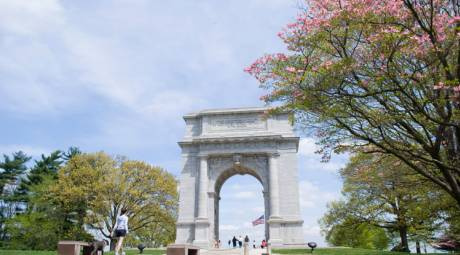 History - Valley Forge Memorial Arch