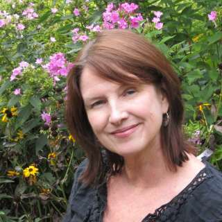 Joanne O'Sullivan Headshot