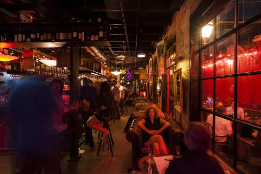 Best Neighborhoods for Nightlife