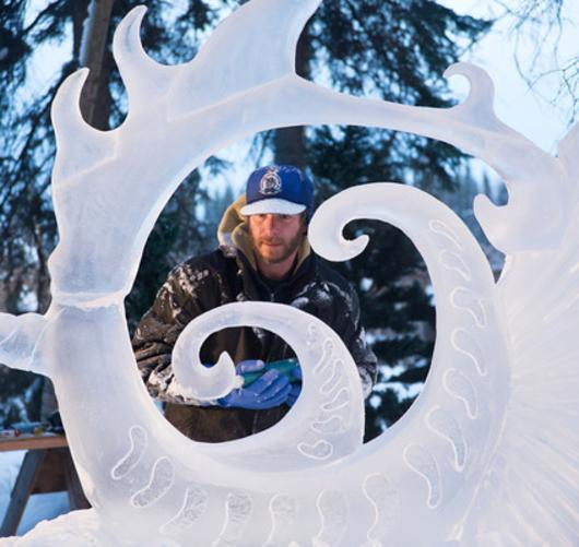 Ice Art carver