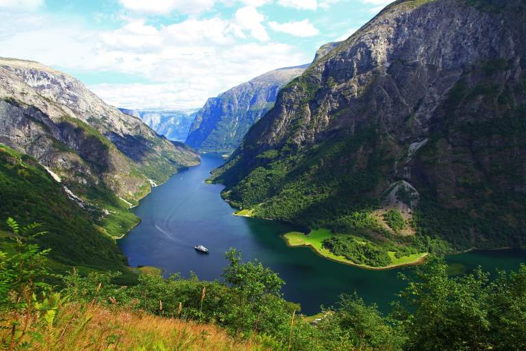 Suggested 7 day sailing itinerary - Sognefjord, Norway. Bareboat ...