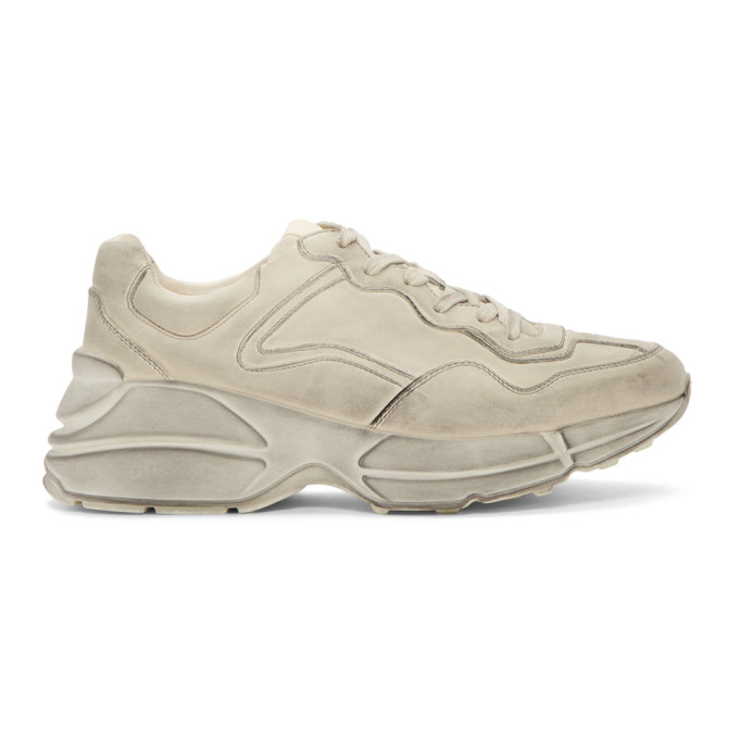 Gucci Mens Rhyton Distressed Leather Running Trainers In 9522 White