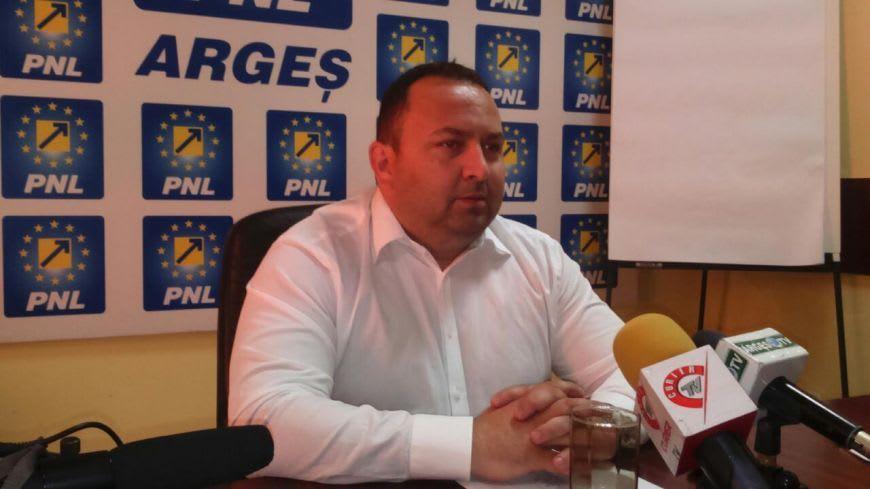 Grupul PSD nu a făcut nimic ca să recuperăm prejudiciul suferit în urma eşecului modernizării drumului către Poienile Vâlsanului