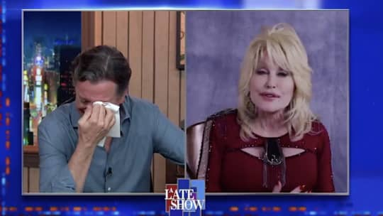 "Dolly Parton sings ""Burry Me Under the Weeping Willow"" on the Late Show with Stephen Colbert"