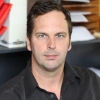 Dr Stefan Schnell