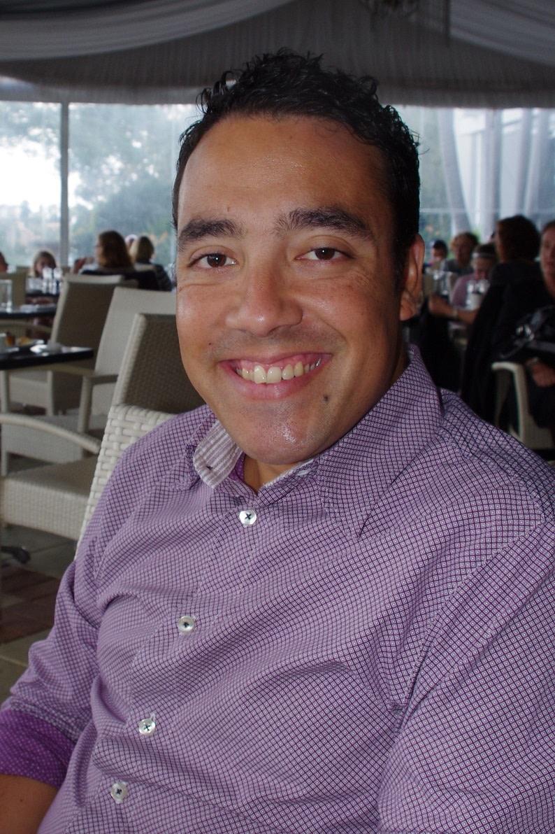 Dr Eric Parisot