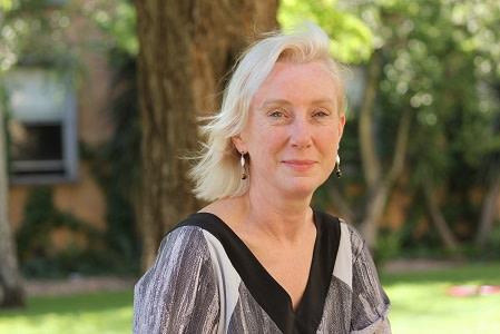 Professor Robyn Sloggett