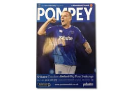 2009 Pompey v Manchester United Premier League Programme Signed by Jamie O'Hara