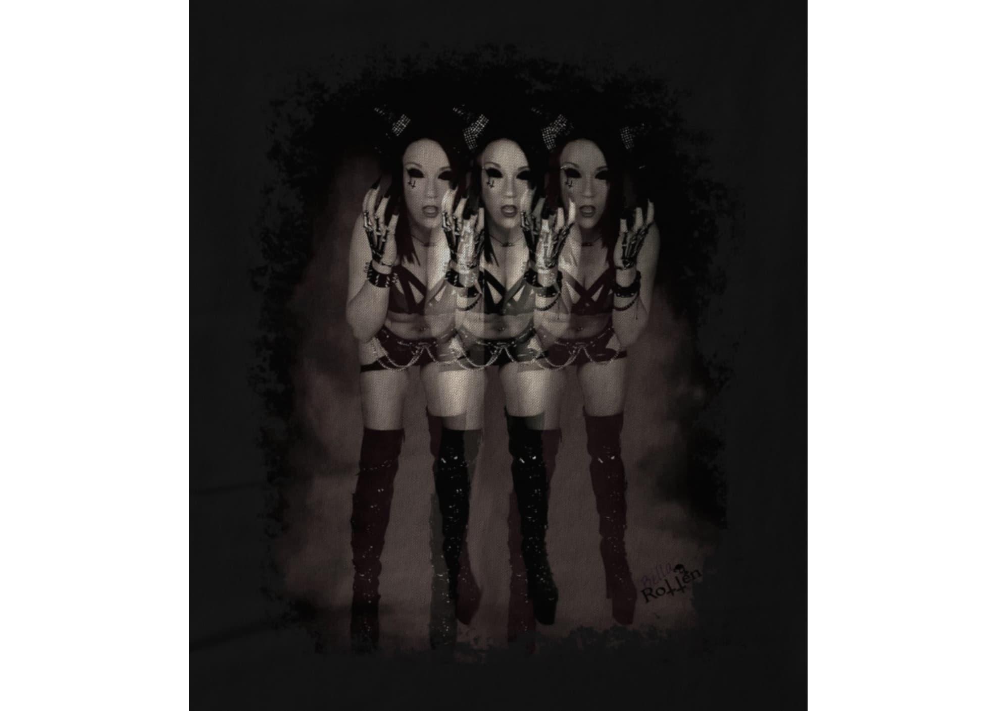 Bella rotten mirrored 1598281762