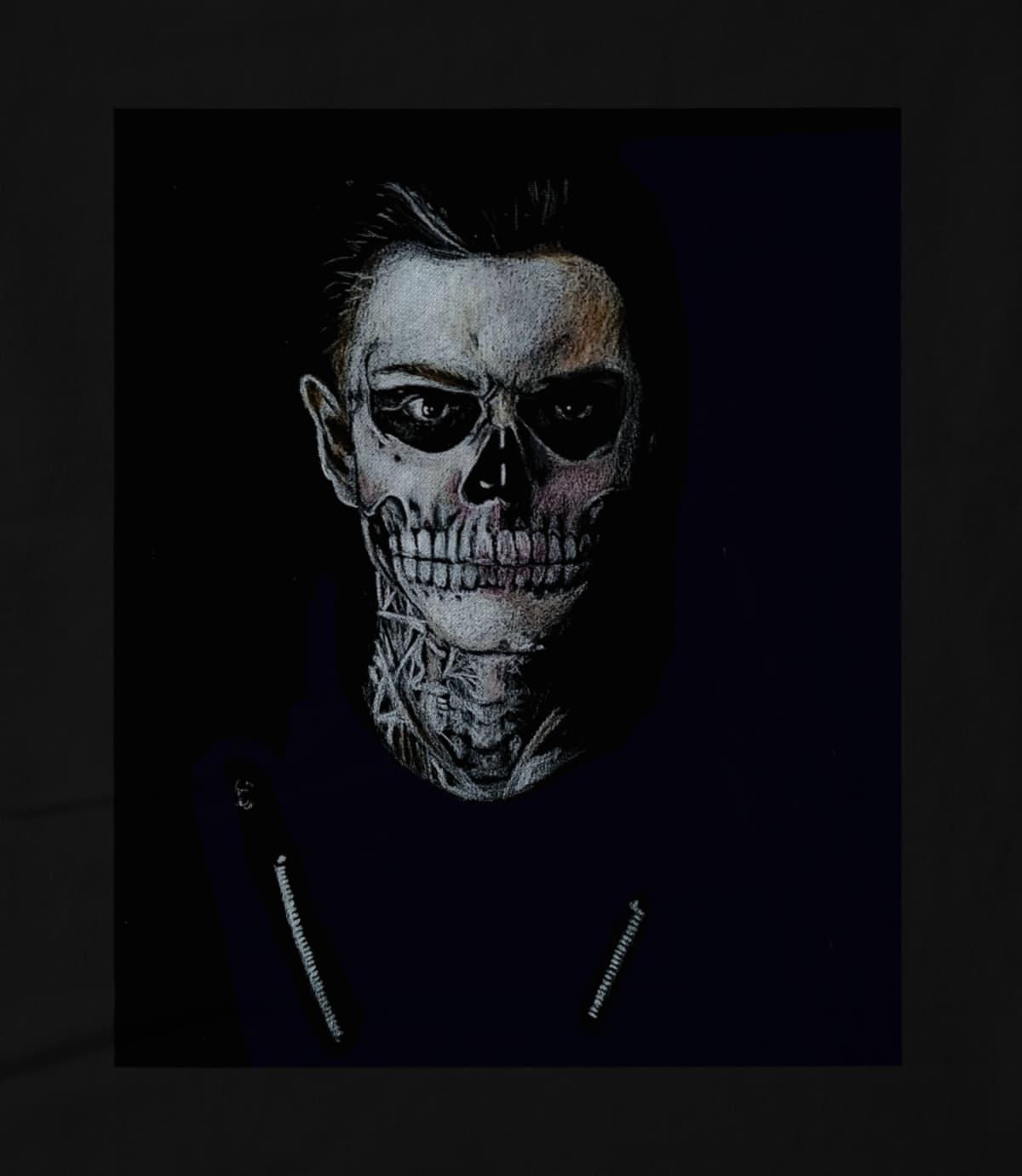 Avra Cadaver