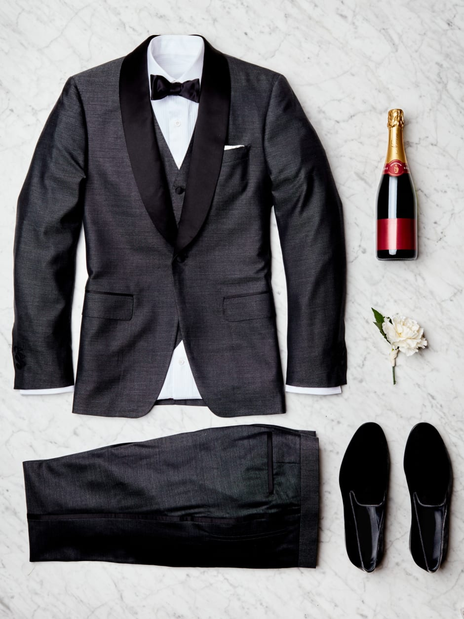 What to wear to a summer wedding trunk club dress code black tie or formal junglespirit Choice Image