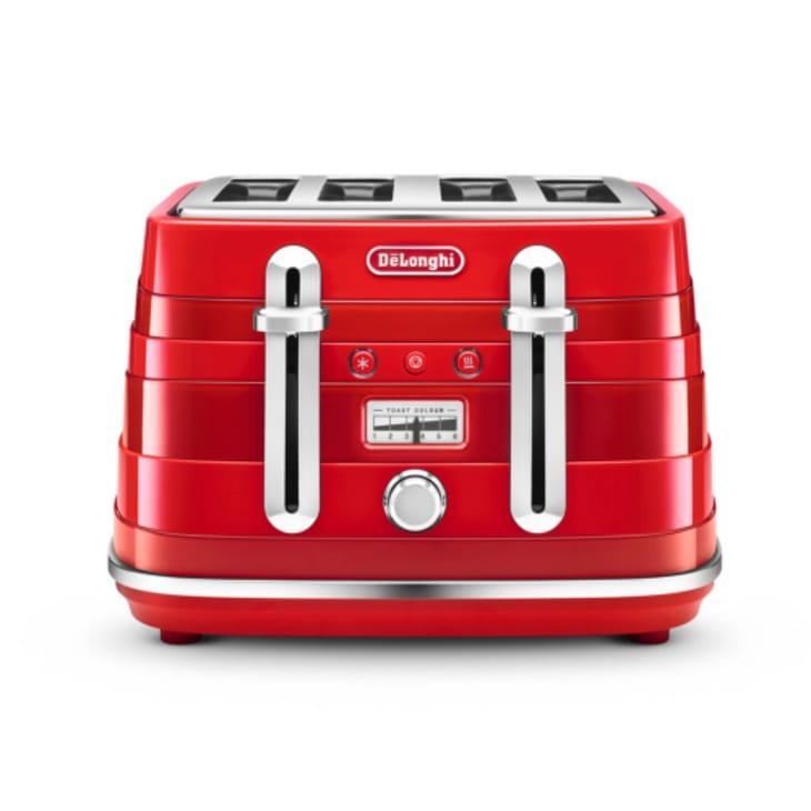 Delonghi Avvolta 4 Slice Red Toaster