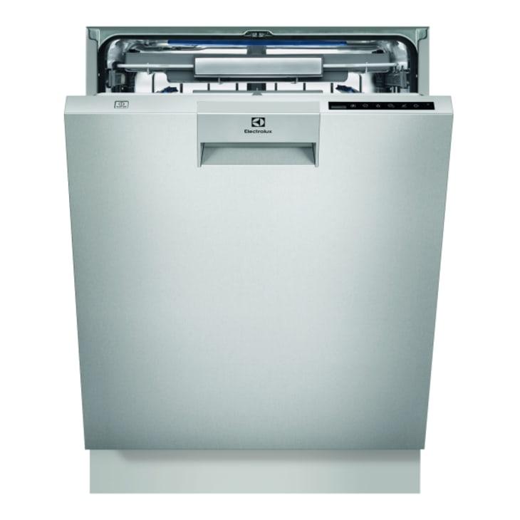 Electolux Built-Under ComfortLift Dishwasher