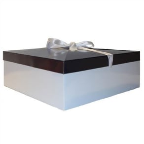 Gift Wrap the Fragrance Shop Large Gift Box - Suitable for Gift Sets