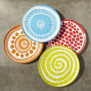 Medallion Melamine Plates, Set of 4