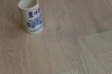 Natural Engineered Flooring Oak Click Brushed White UV Oiled 14/3mm By 190mm By 400-1500mm