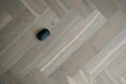 Natural Engineered Flooring Oak Herringbone Silver Tiger Hardwax Oiled 16/4mm By 120mm By 580mm