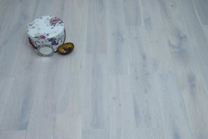 Natural Engineered Flooring Oak London White Brushed UV Oiled 14/3mm By 150mm By 400-1500mm