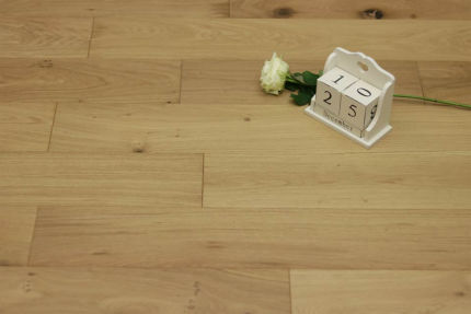 Natural Engineered Flooring Oak Click Non Visible UV Oiled 14/3mm By 150mm By 400-1500mm