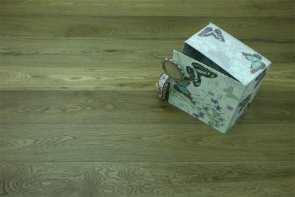 Natural Engineered Flooring Oak Dark Smoked Brushed UV Oiled Crack 14/3mm By 190mm By 1900mm