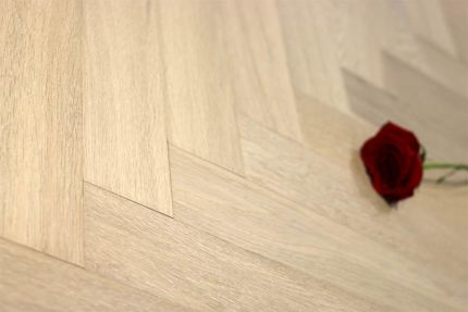 Natural Engineered Flooring Oak Herringbone White UV Oiled 15/3mm By 90mm By 450mm