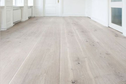 Natural Engineered Flooring Oak Bespoke Pure Hardwax Oiled 16/4mm By 220mm By 1460-2400mm
