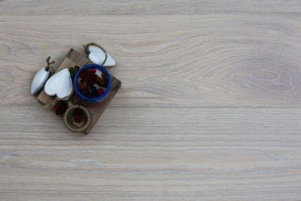 Prime Engineered Oak Click Sunny White Brushed UV Oiled 14/3mm By 195mm By 1190-1600mm