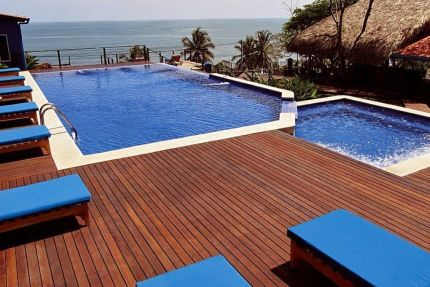 Red Balau Hardwood Decking Reeded Boards Using Hidden Fixing 19mm By 140mm By 3962-4572mm
