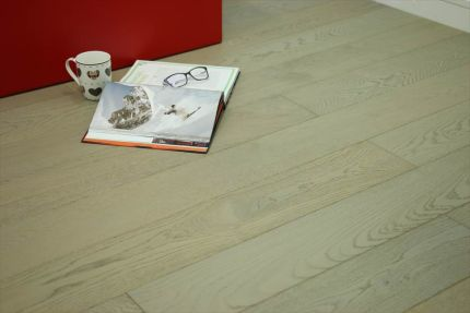 Select Engineered Flooring Oak Click UK Grey Brushed UV Oiled 14/3mm By 190mm By 1900mm