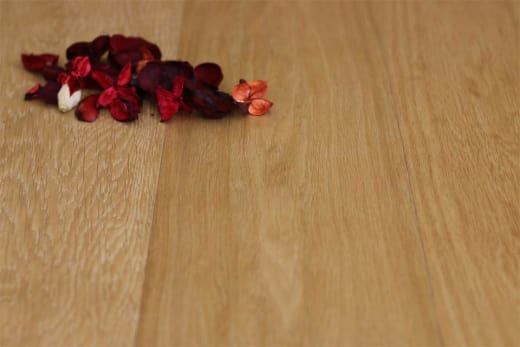 Prime Engineered Flooring Oak Brushed UV Oiled 14/3mm By 190mm By 400-1500mm