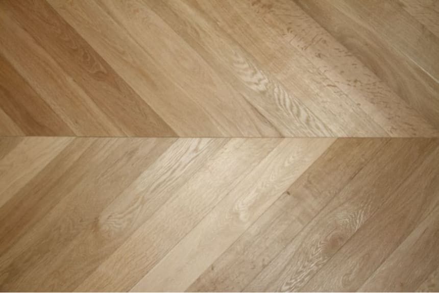 Prime Engineered Flooring Oak Chevron Brushed Unfinished 15/4mm By 90mm By 610mm