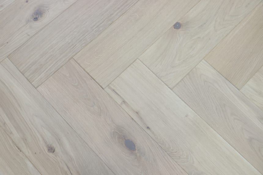 Natural Engineered Flooring Oak Herringbone White Sand Brushed UV Oiled 13/4mm By 140mm By 580mm