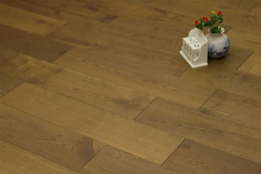 Natural Engineered Flooring Oak Click Smoked Brushed UV Oiled 14/3mm By 190mm By 1900mm