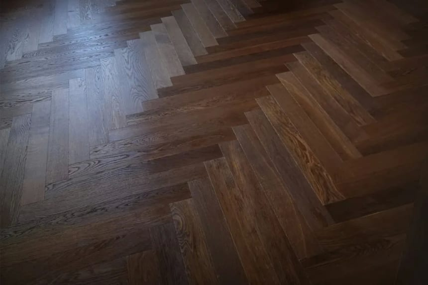 Natural Engineered Flooring Oak Herringbone Dark Smoked Brushed UV Oiled 14/3mm By 90mm By 600mm
