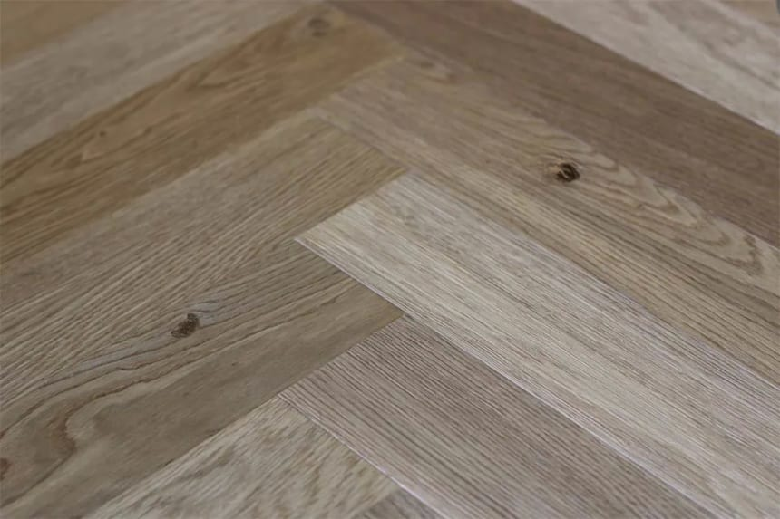 Natural Engineered Flooring Oak Herringbone Light Smoked Brushed UV Oiled 14/3mm By 90mm By 600mm