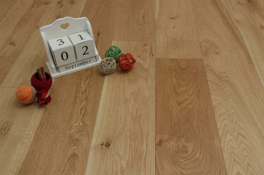 Natural Engineered Flooring Oak UV Oiled 20/6mm By 200mm By 2200mm