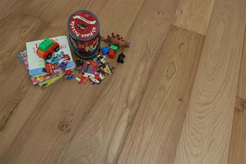 Natural Engineered Oak UV Oiled 20/6mm By 190mm By 1900mm