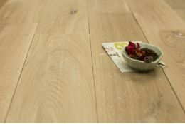 Natural Engineered Oak Brushed Unfinished 15/4mm By 250mm By 700-2200mm