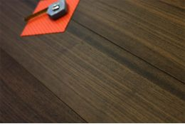 Prime Engineered Flooring Walnut UV Lacquered 15/4mm By 190mm By 1900mm