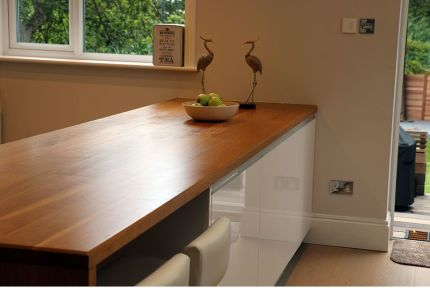 Full Stave Premium Oak Worktop 22mm By 620mm By 2500mm