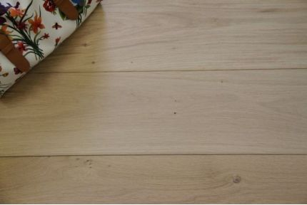 Select Engineered Oak Brushed Unfinished 15/4mm By 300mm By 1800-2500mm