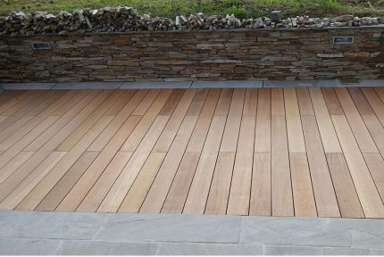Yellow Balau Hardwood Decking Boards 21mm By 145mm By 2740-3050mm