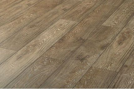 Bristol Laminate Flooring 12mm By 193mm By 1380mm LM4190