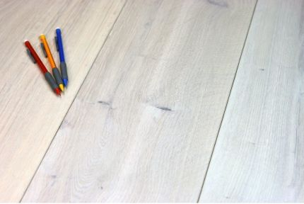 Natural Engineered Flooring Oak Snow White Hardwax Oiled 15/3mm By 180mm By 1500-2400mm