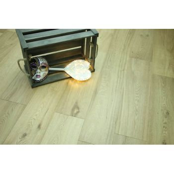 Natural Engineered Flooring Oak UV Lacquered 14/3mm By 190mm By 400-1500mm