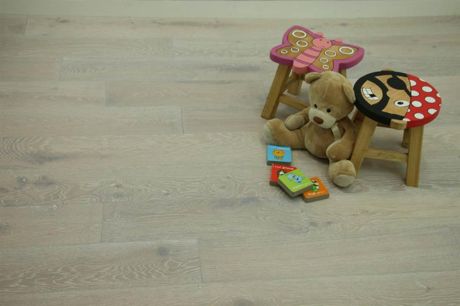 Natural Engineered Flooring Oak Sunny White Brushed UV Oiled 14/3mm By 190mm By 400-1500mm