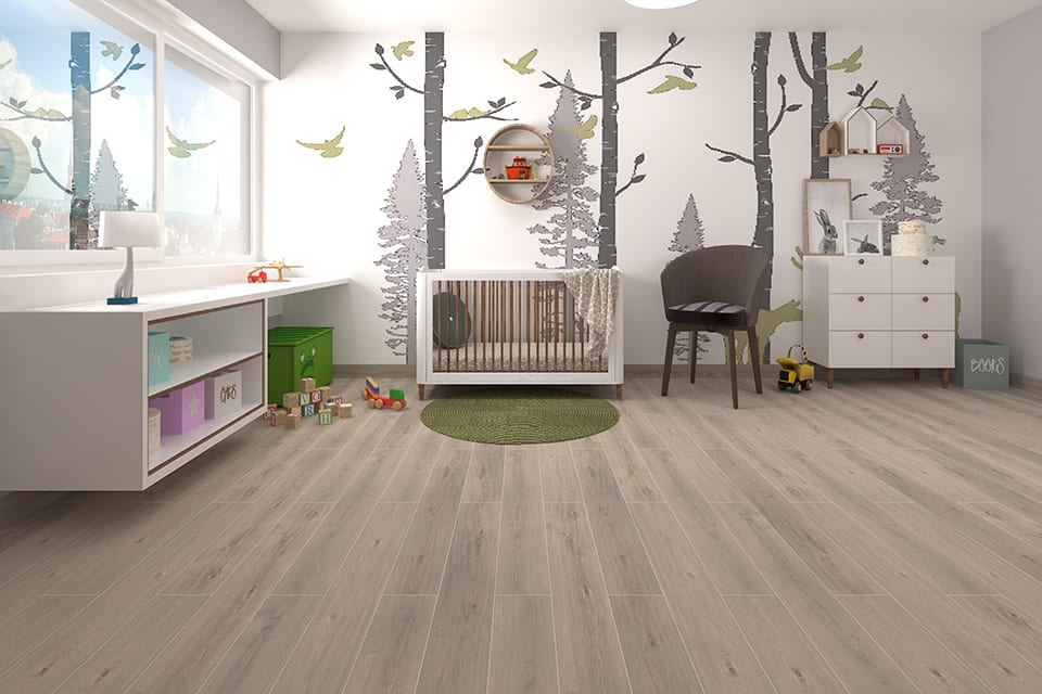 White Pearl Oak Laminate Flooring 8mm By 195mm By 1380mm