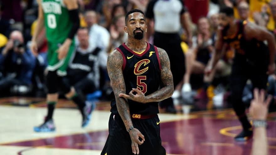 Kobe Bryant Weighs In On Jr Smith S Blunder Yardbarker