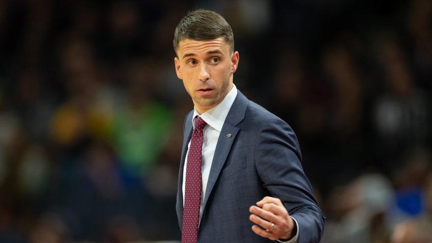Timberwolves Plan To Retain Head Coach Ryan Saunders Gm Scott