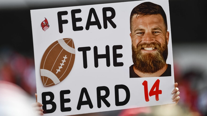 Ryan Fitzpatrick shows up to press conference swagged out ... b935c5ba5